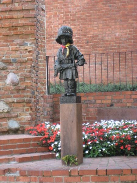 Pomnik Małego Powstańca 1944