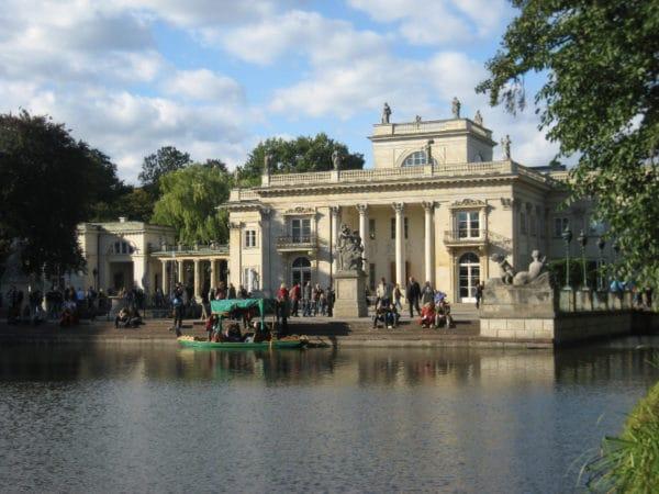 Pałac na wyspie